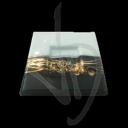 Centrotavola in vetro di Murano, bianco e nero con decorazione dorata, realizzato a mano