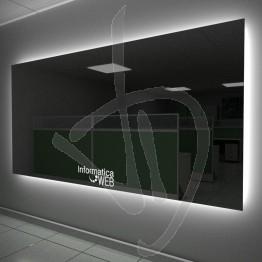 Specchio con logo inciso ed illuminato, con retroilluminazione
