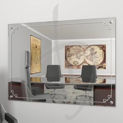 miroir-vintage-avec-des-clous-decoratifs-et-b013