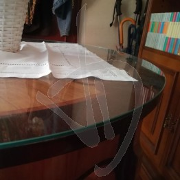 verre-rond-copritavolo-sur-mesure