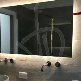 specchio-antiappannamento-su-misura